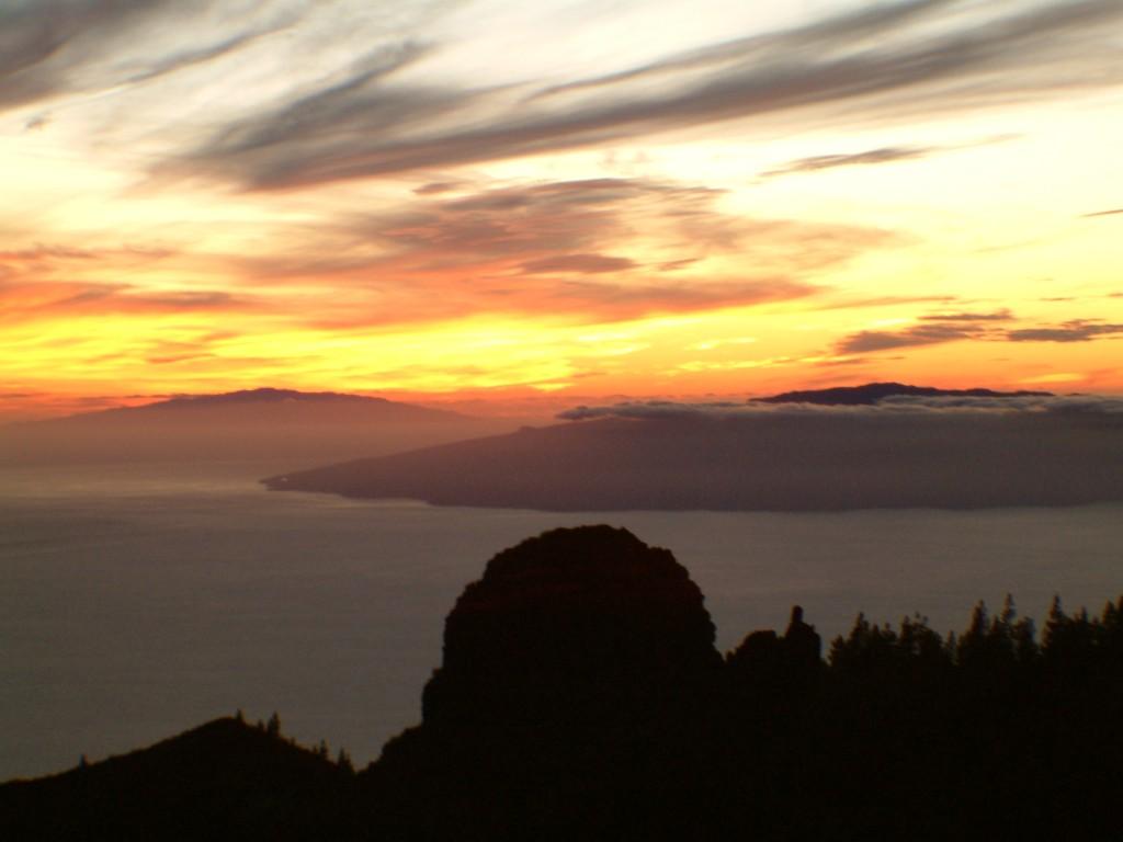 Zachód słońca  na Teneryfie widok z gór